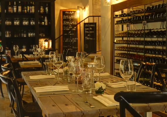 Domaine & Demeure - Les Carrasses Brasserie 2